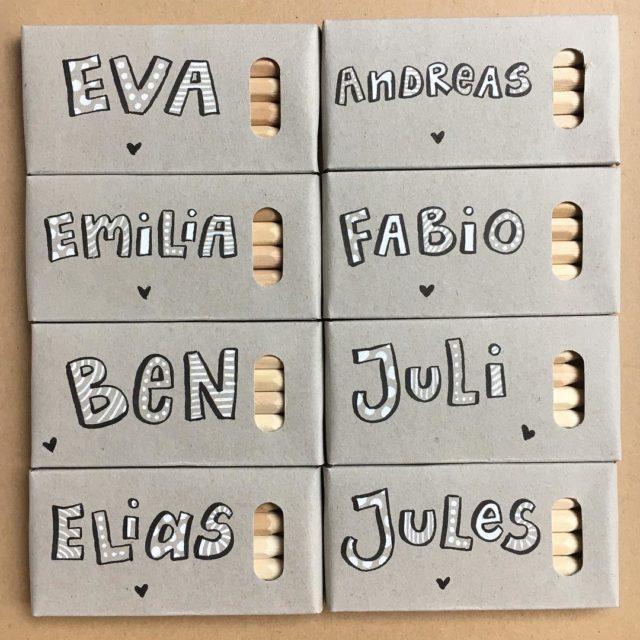 MiniKritzler fr die Kids mini buntstifte lettering handlettering fonts penteltouchpenhellip