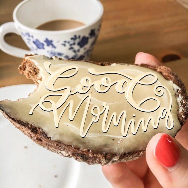 Wunderschnen Guten Morgen erstmalkaffee und honigbrot sizzerbees hochdiehaendewochenende saturdaymorning morningmoodhellip